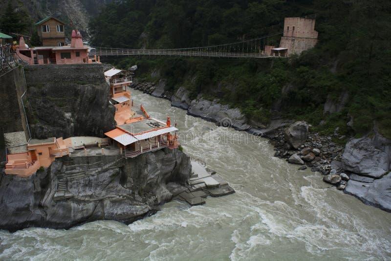 Πόλη Vishnuprayag σε μια ανύψωση 1372 μ διάσημων για τα ιερούς ashrams και τους ναούς του, περιοχή Uttarakhand, Ινδία Chamoli στοκ φωτογραφία