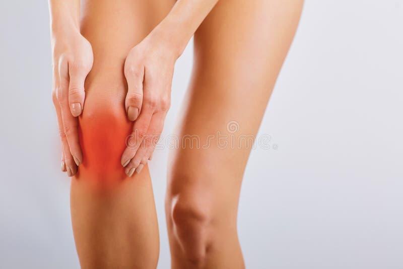 Πόνος, ζημία στο γόνατο στοκ φωτογραφία