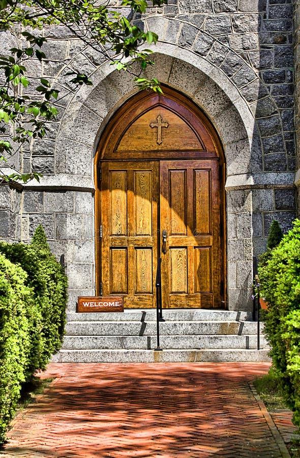 πόρτα εκκλησιών entrace ελεύθερη απεικόνιση δικαιώματος