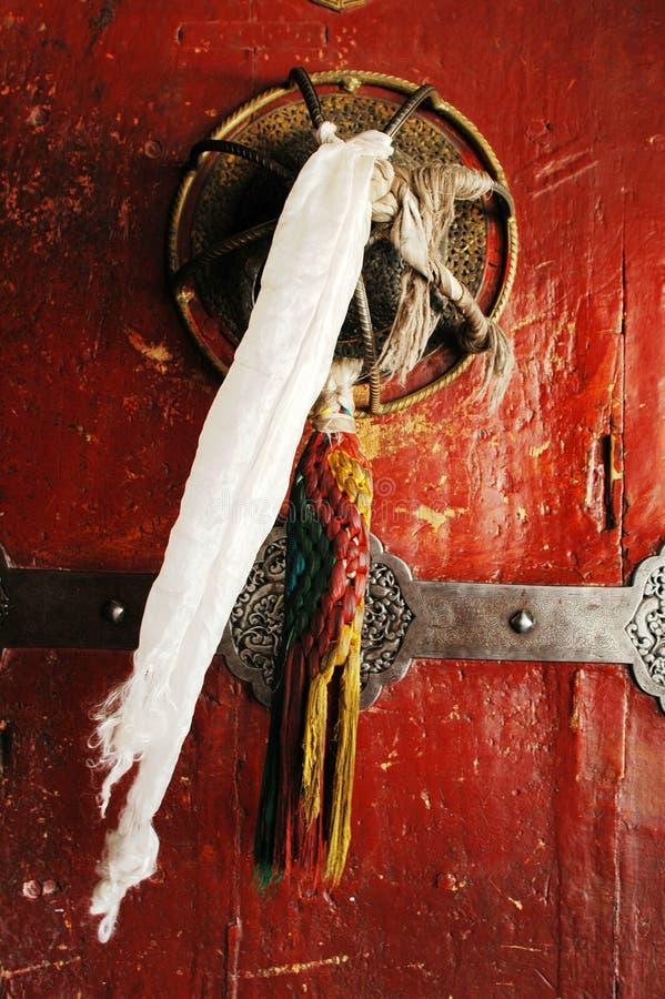πόρτα Θιβετιανός χαρακτηρ& στοκ φωτογραφία