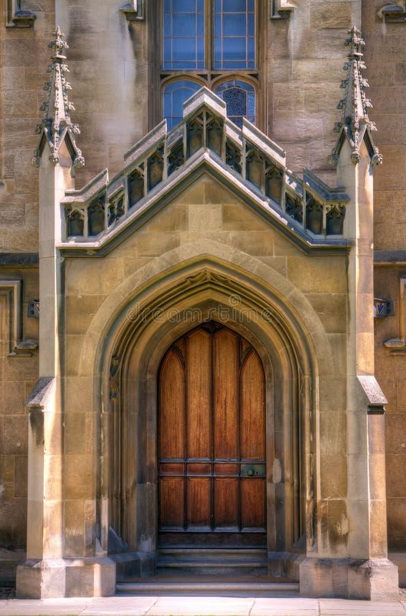 πόρτα καθεδρικών ναών γοτθ& στοκ εικόνα