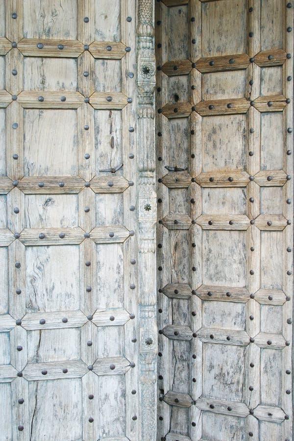 Download πόρτα Μαροκινός στοκ εικόνα. εικόνα από οξυδωμένος, αλυσίδα - 103297