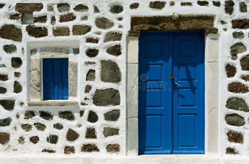Πόρτα μιας εκκλησίας. στοκ εικόνα με δικαίωμα ελεύθερης χρήσης