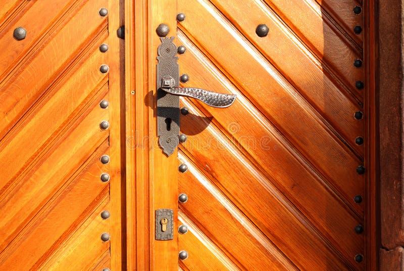 Download πόρτα ξύλινη στοκ εικόνες. εικόνα από πρότυπο, ξυλουργική - 13189106