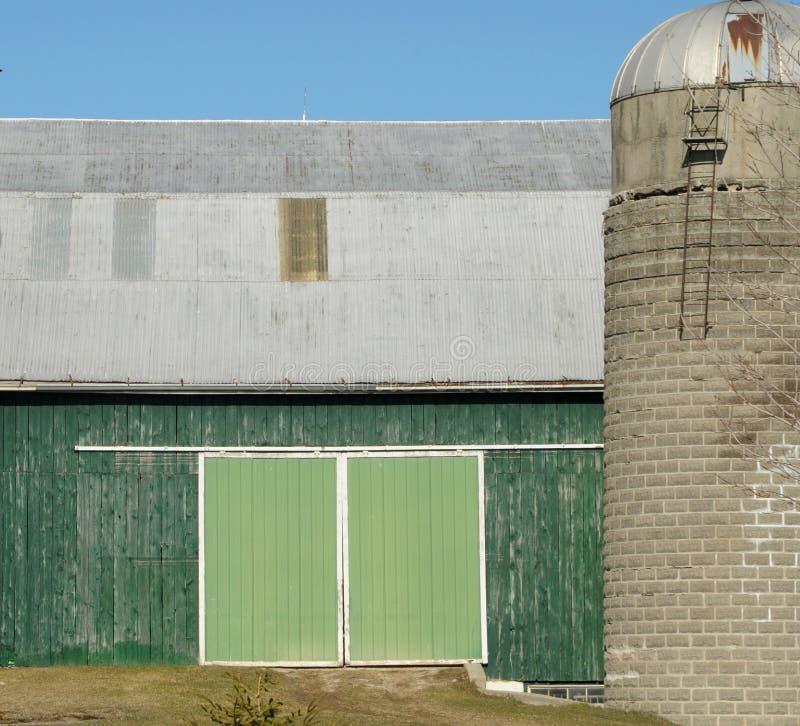 πόρτα σιταποθηκών πράσινη στοκ εικόνα