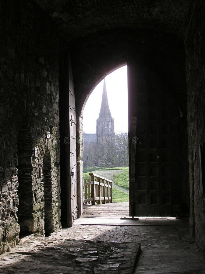 Download Πόρτα του Castle στοκ εικόνα. εικόνα από τρόπος, αρχαιολόγων - 108589