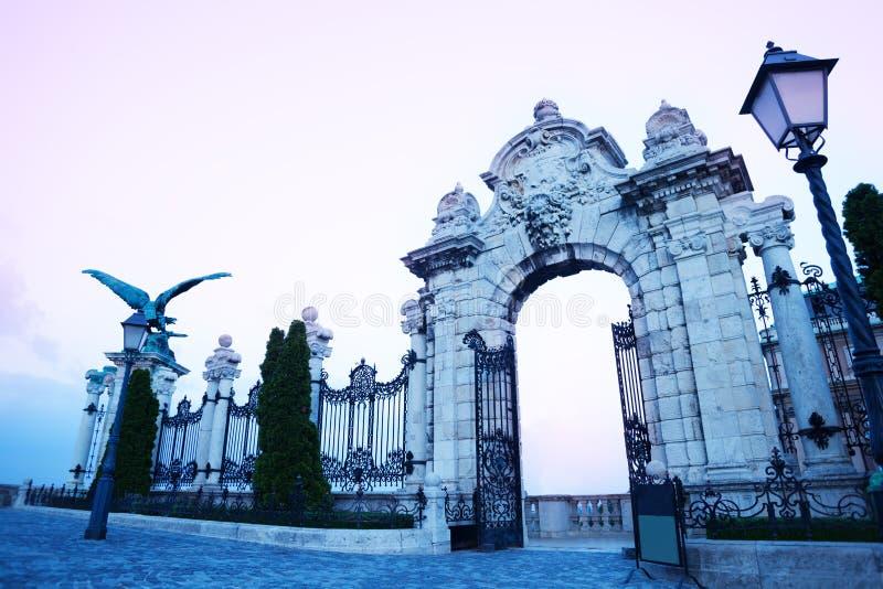 Πόρτες ουρανών στη Βουδαπέστη, Ουγγαρία στοκ εικόνα με δικαίωμα ελεύθερης χρήσης