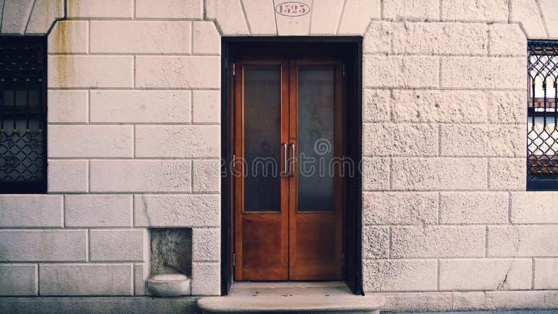 Πόρτες του φραγμού του Harry ` s στη Βενετία Ιταλία στοκ φωτογραφία