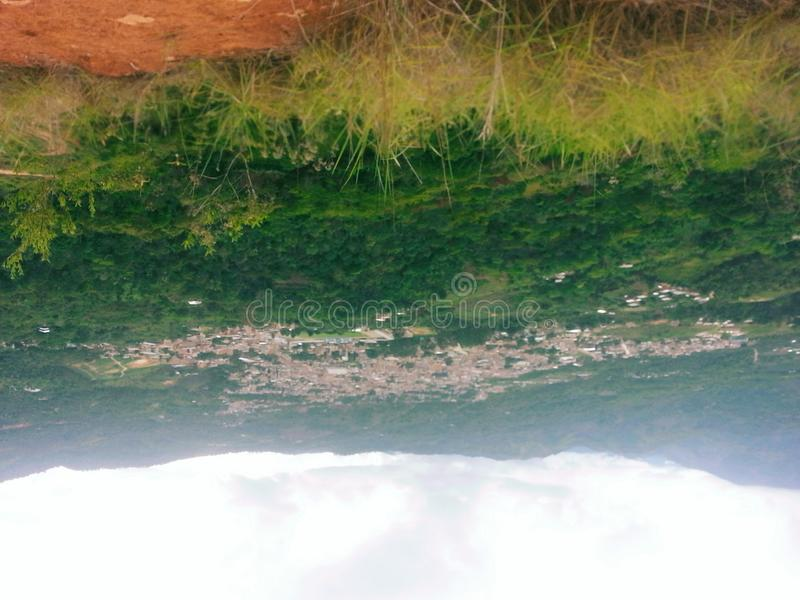 Πόλη βουνών - Ισημερινός στοκ φωτογραφία με δικαίωμα ελεύθερης χρήσης