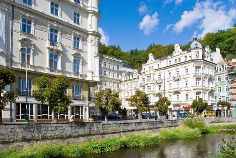 Download Πόλη Κάρλοβυ Βάρυ, Τσεχία, Ευρώπη SPA Εκδοτική Εικόνες - εικόνα από σπίτια, κιονοστοιχία: 62712381