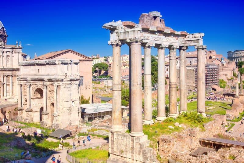 Πόλη Ρώμη. Ρωμαϊκό φόρουμ στοκ εικόνα