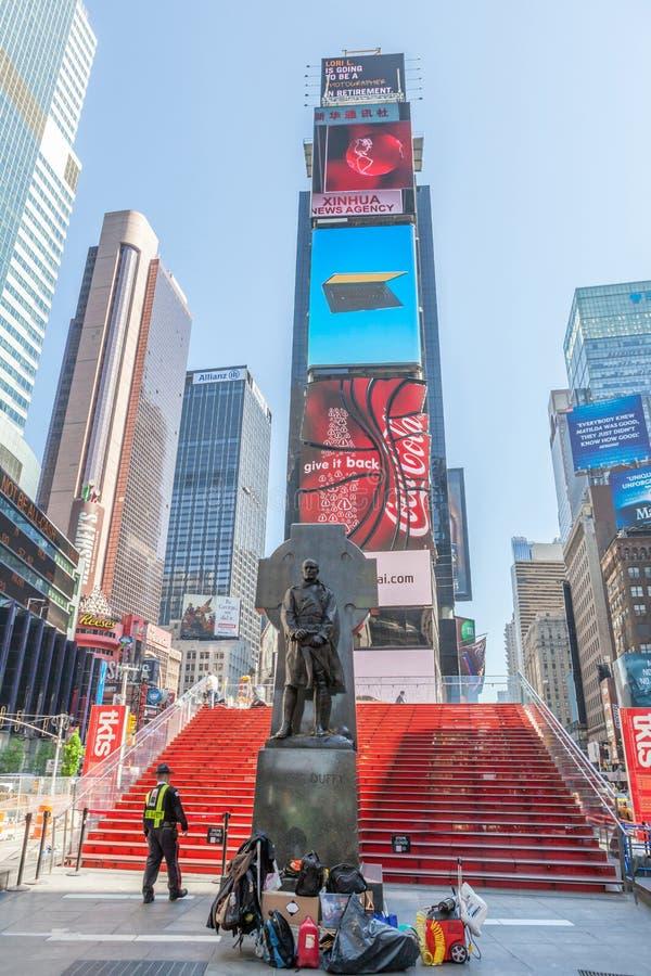 Πόλη της Νέας Υόρκης, ΗΠΑ 20 Μαΐου 2014 Άγαλμα του πατέρα Francis Δ Du στοκ φωτογραφίες