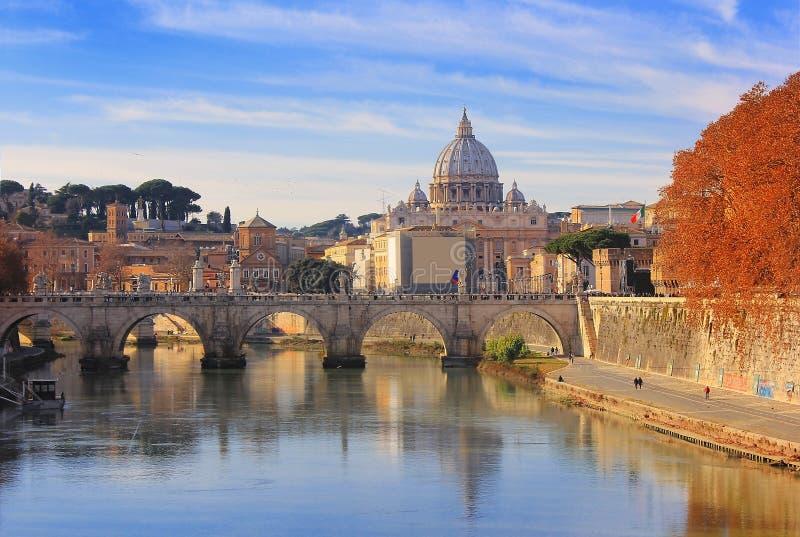 Πόλη του Βατικανού και γέφυρα Sant Angelo, Ρώμη, Ιταλία στοκ φωτογραφία με δικαίωμα ελεύθερης χρήσης