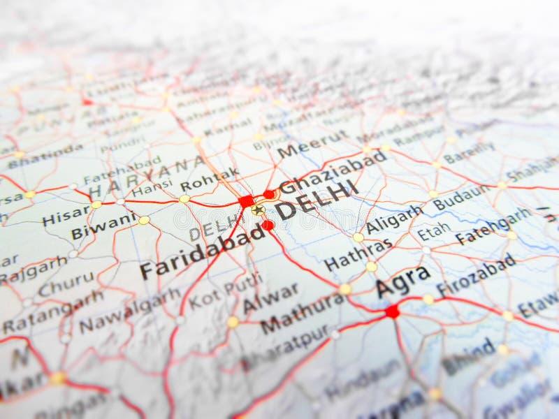 Πόλη του Δελχί πέρα από έναν οδικό χάρτη Ινδία στοκ φωτογραφίες με δικαίωμα ελεύθερης χρήσης