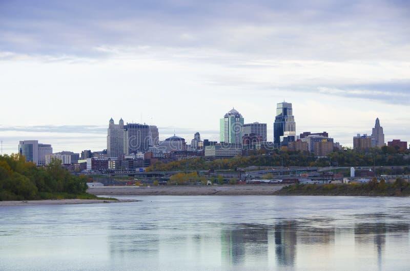 Πόλη του Μισσούρι πόλεων του Κάνσας scape στοκ εικόνα με δικαίωμα ελεύθερης χρήσης