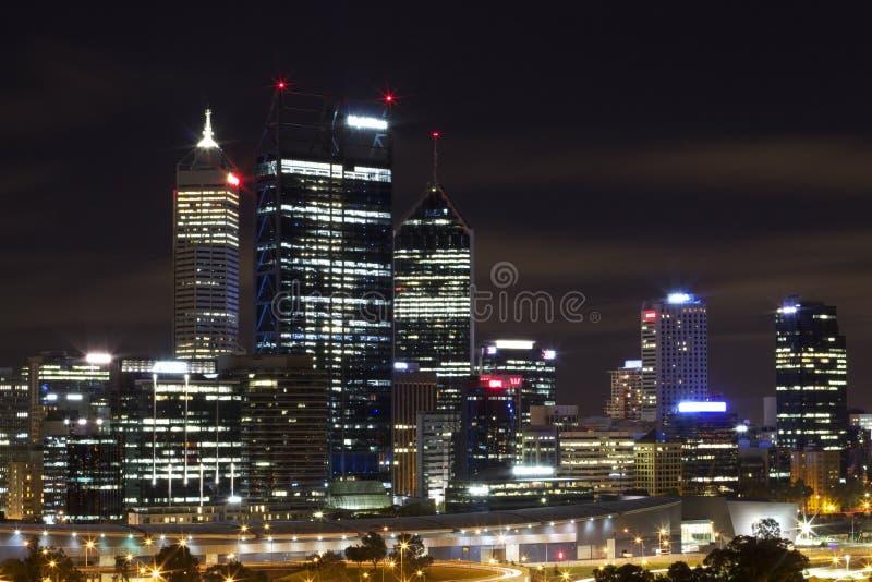 Πόλη του Περθ τη νύχτα στοκ φωτογραφία με δικαίωμα ελεύθερης χρήσης