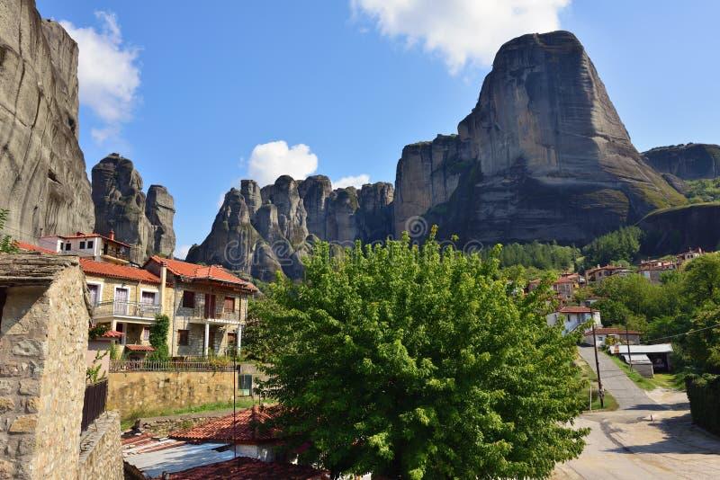 Πόλη Kastraki, βουνά Meteora σε Thessaly, Ελλάδα στοκ εικόνες με δικαίωμα ελεύθερης χρήσης