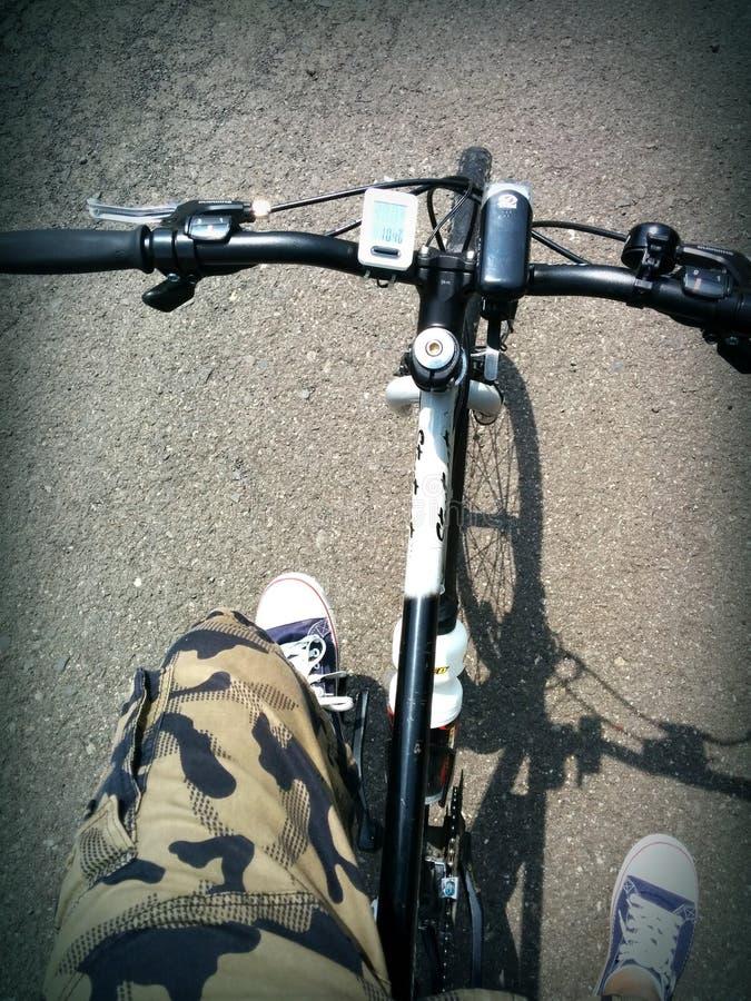 Πόδια Pedalling στοκ εικόνες