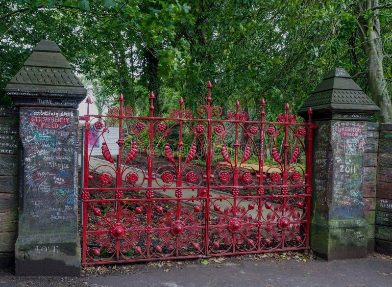 Πύλες Λίβερπουλ τομέων φραουλών στοκ φωτογραφίες με δικαίωμα ελεύθερης χρήσης
