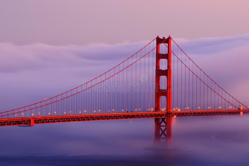 πύλη ομίχλης χρυσή στοκ εικόνες
