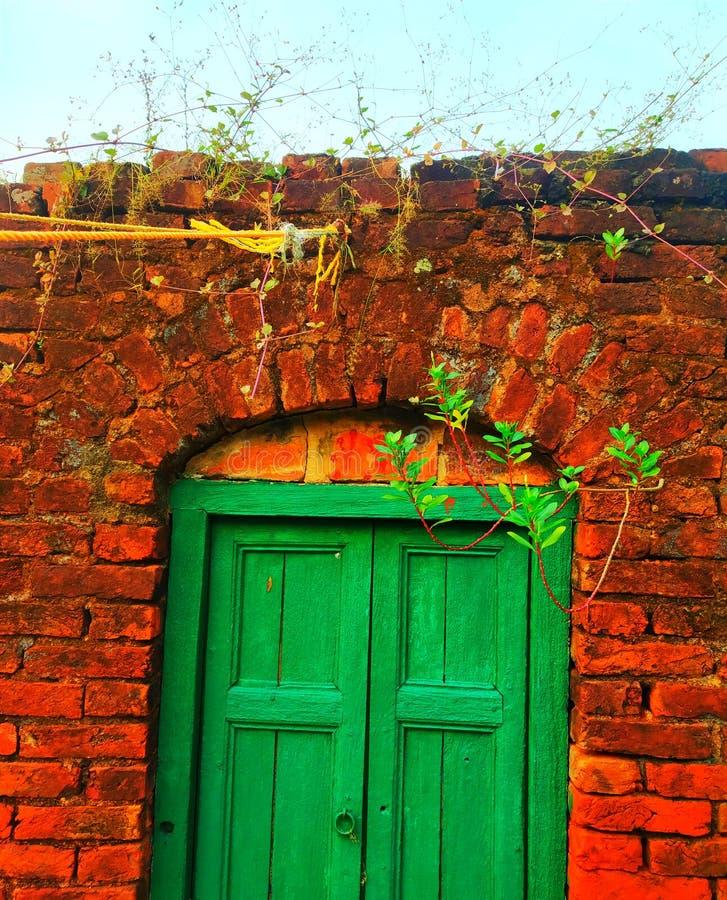 πύλη παλαιά στοκ φωτογραφία με δικαίωμα ελεύθερης χρήσης