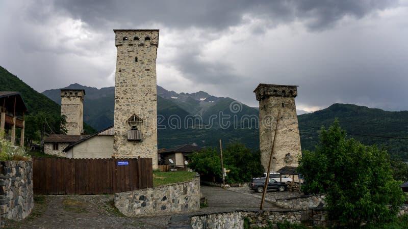 Πύργοι βράχου Ushguli, ανώτερο Svaneti, Γεωργία, Ευρώπη στοκ φωτογραφία