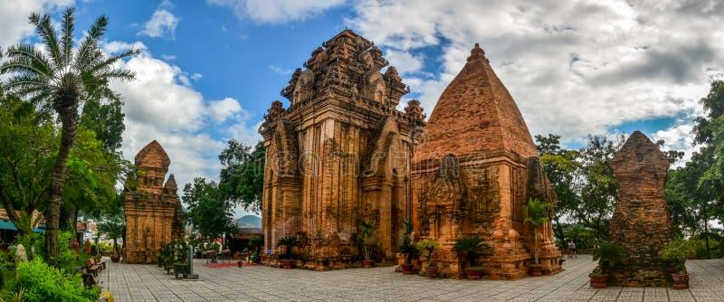 Πύργοι του Βιετνάμ Cham στοκ φωτογραφίες