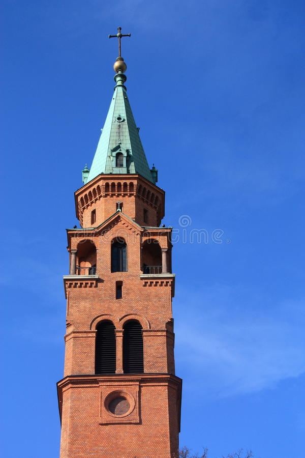 Download πύργος εκκλησιών στοκ εικόνα. εικόνα από ιστορικός, ευρώπη - 13183661