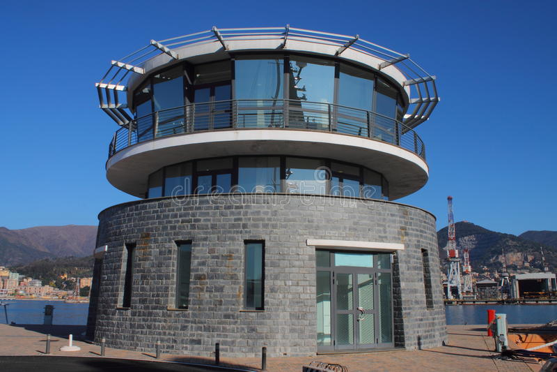 Πύργος ελέγχου μαρινών τουριστών στοκ εικόνες
