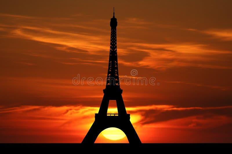 πύργος ηλιοβασιλέματο&sigmaf ελεύθερη απεικόνιση δικαιώματος