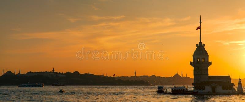 Πύργος κοριτσιών σε Bosphorus στοκ εικόνες