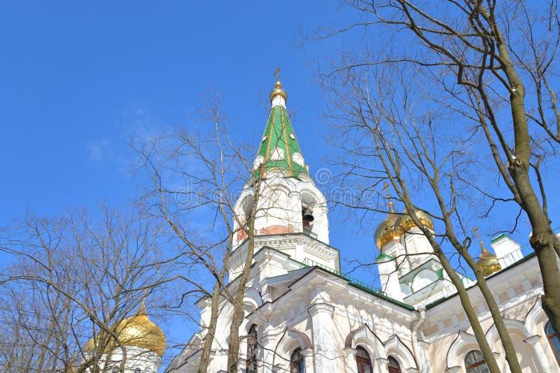 Πύργος κουδουνιών στη μονή Voskresensky Novodevichy στοκ εικόνα