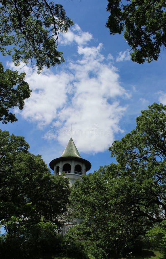 Πύργος νερού καπέλων μαγισσών στοκ εικόνα