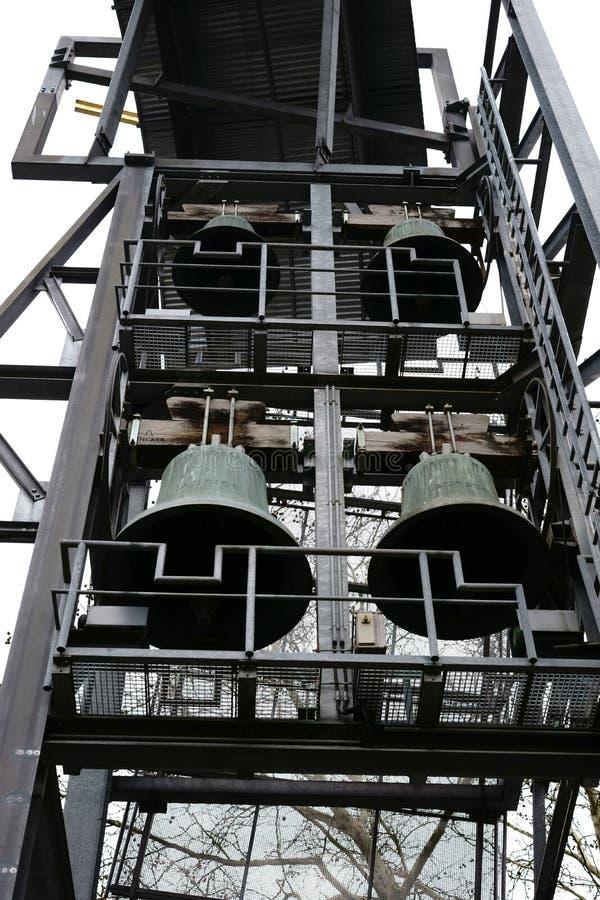 Πύργος προτεσταντικό Philippus κοινοτική Φρανκφούρτη κουδουνιών στοκ φωτογραφίες