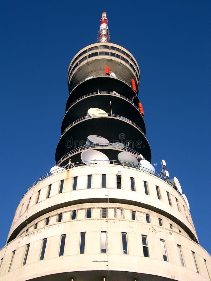Download πύργος ραδιοφωνικής αναμετάδοσης Στοκ Εικόνα - εικόνα από τηλεόραση, επικοινωνία: 386399