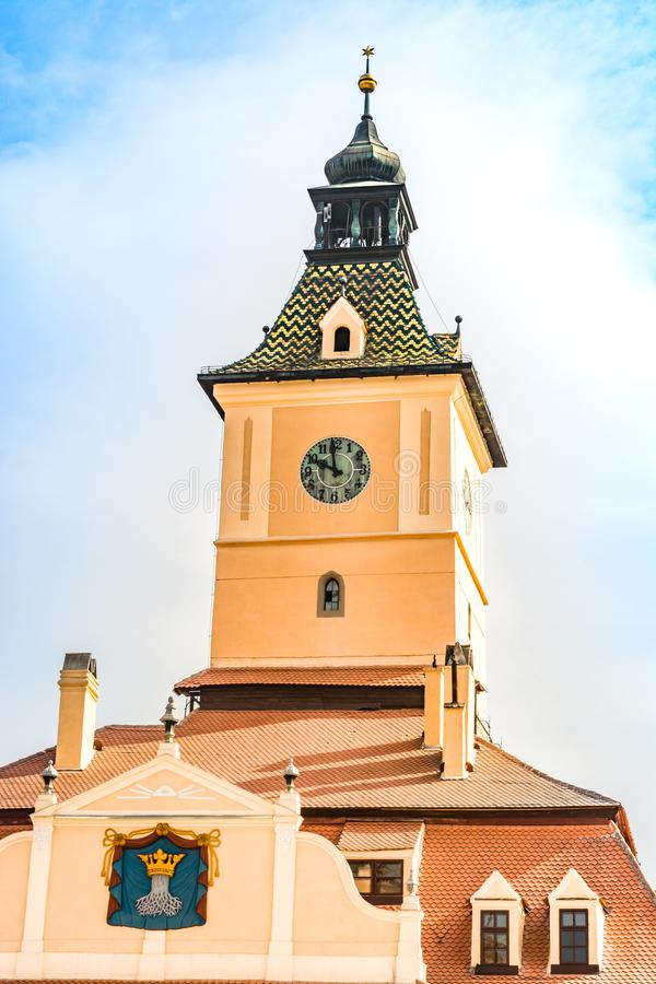 Πύργος ρολογιών του μουσείου της ιστορίας σε Brasov, Ρουμανία στοκ εικόνες με δικαίωμα ελεύθερης χρήσης