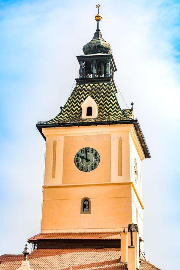 Πύργος ρολογιών του μουσείου της ιστορίας σε Brasov, Ρουμανία στοκ φωτογραφία