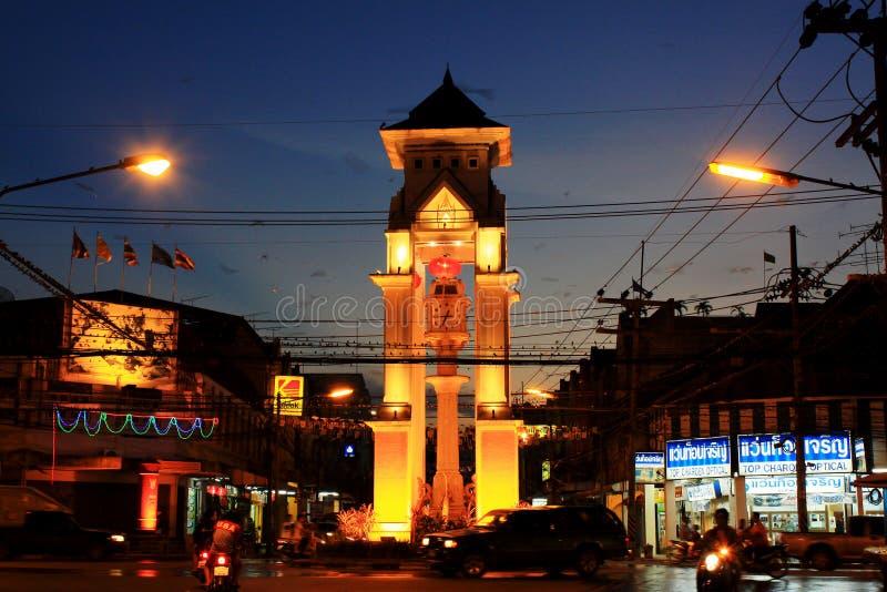 Πύργος ρολογιών Betong τη νύχτα, Betong, Ταϊλάνδη στοκ εικόνα
