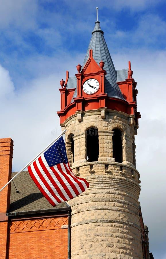 Πύργος ρολογιών προσώπων αμερικανικών σημαιών στοκ φωτογραφία με δικαίωμα ελεύθερης χρήσης