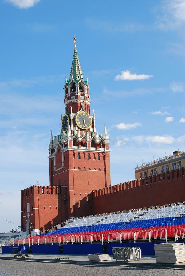Πύργος ρολογιών Spasskaya και βήμα διακοπών στοκ εικόνες