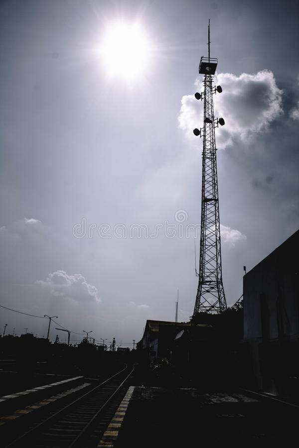 Πύργος σκιαγραφιών στοκ φωτογραφία με δικαίωμα ελεύθερης χρήσης