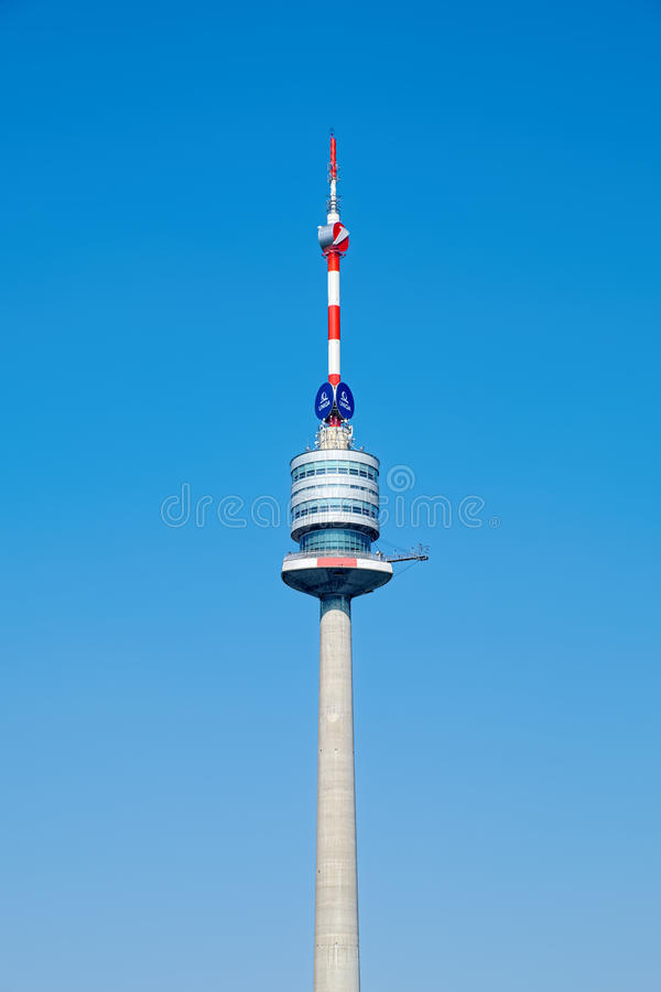 Πύργος της Βιέννης Donauturm Δούναβης στοκ φωτογραφία