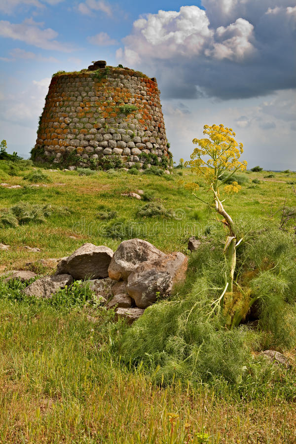 πύργος της Ιταλίας nuraghe Σαρ&delta στοκ φωτογραφία με δικαίωμα ελεύθερης χρήσης