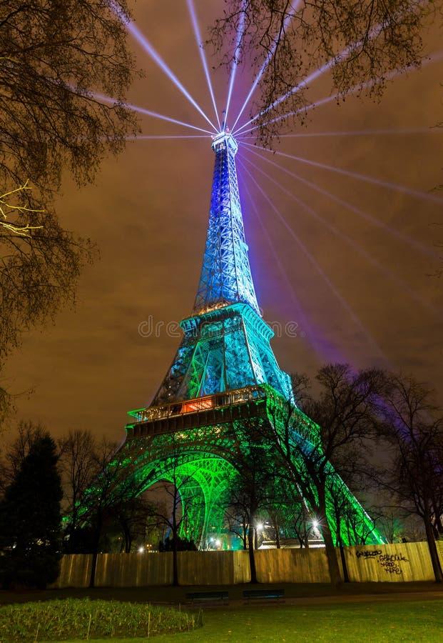 πύργος του Άιφελ λάμπει Πύργος του Άιφελ νύχτας Παρίσι night paris στοκ φωτογραφία