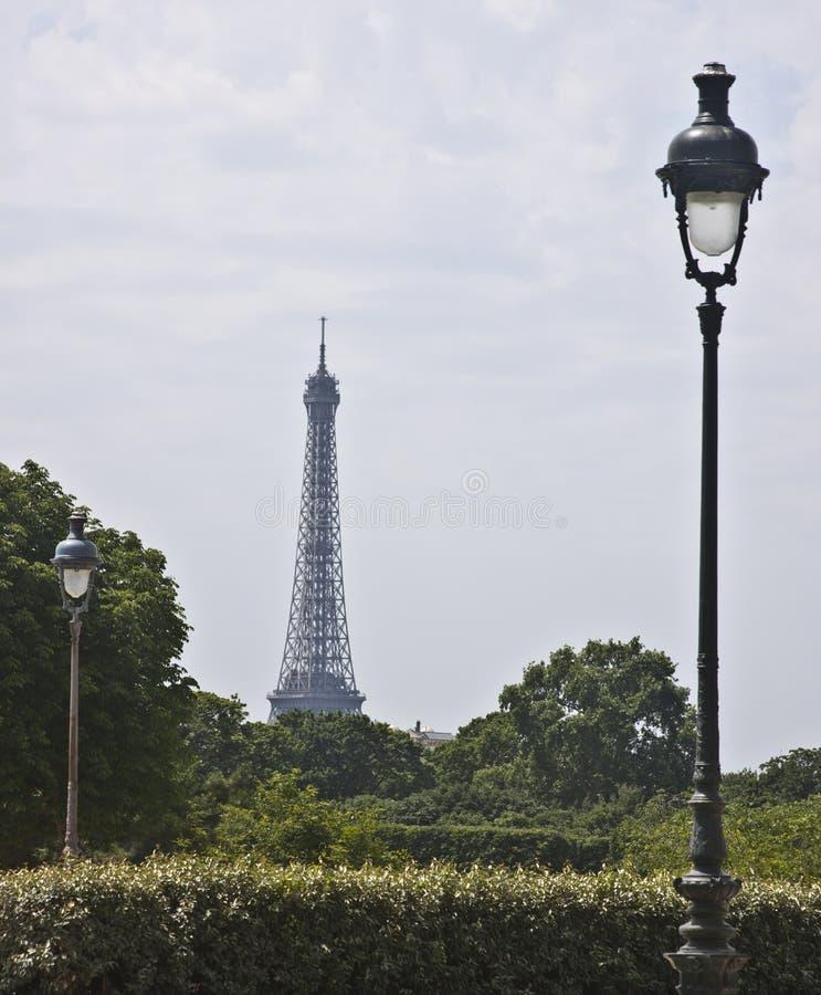 Πύργος του Άιφελ από το Λούβρο στοκ φωτογραφίες με δικαίωμα ελεύθερης χρήσης