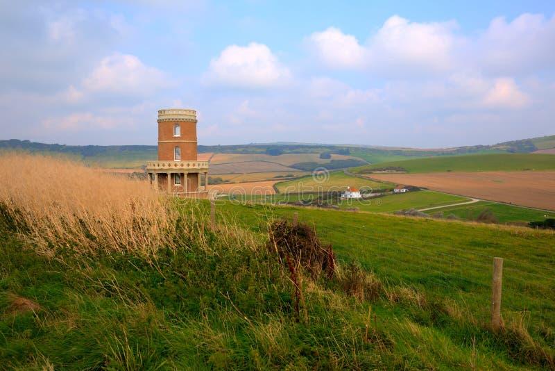 Πύργος Clavell που αγνοεί την ακτή Αγγλία UK του Dorset όρμων Lulworth κόλπων Kimmeridge ανατολικά στοκ φωτογραφία με δικαίωμα ελεύθερης χρήσης