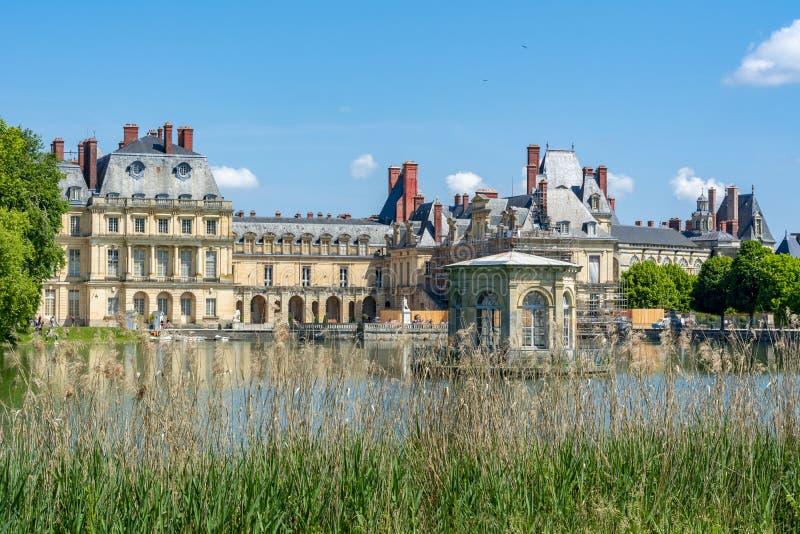 Πύργος de Φοντενμπλώ παλατιών του Φοντενμπλώ κοντά στο Παρίσι, Γαλλία στοκ φωτογραφία