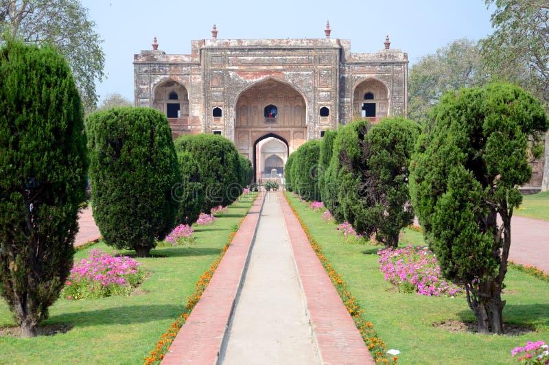 Πύλη στον τάφο του Jehangir στοκ φωτογραφία με δικαίωμα ελεύθερης χρήσης