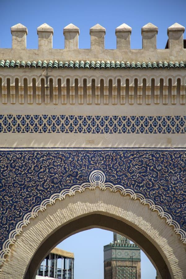 Πύλη Bou Jeloud Bab (μπλε πύλη) στο Fez, Μαρόκο στοκ εικόνα