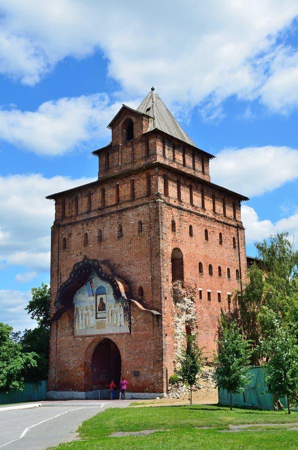 Πύλη Pyatnitskie του Κρεμλίνου, το παλαιό Kolomna, περιοχή της Μόσχας στοκ εικόνα με δικαίωμα ελεύθερης χρήσης